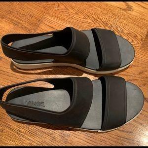 Vince Sandals size USA 8 M or EUR 38